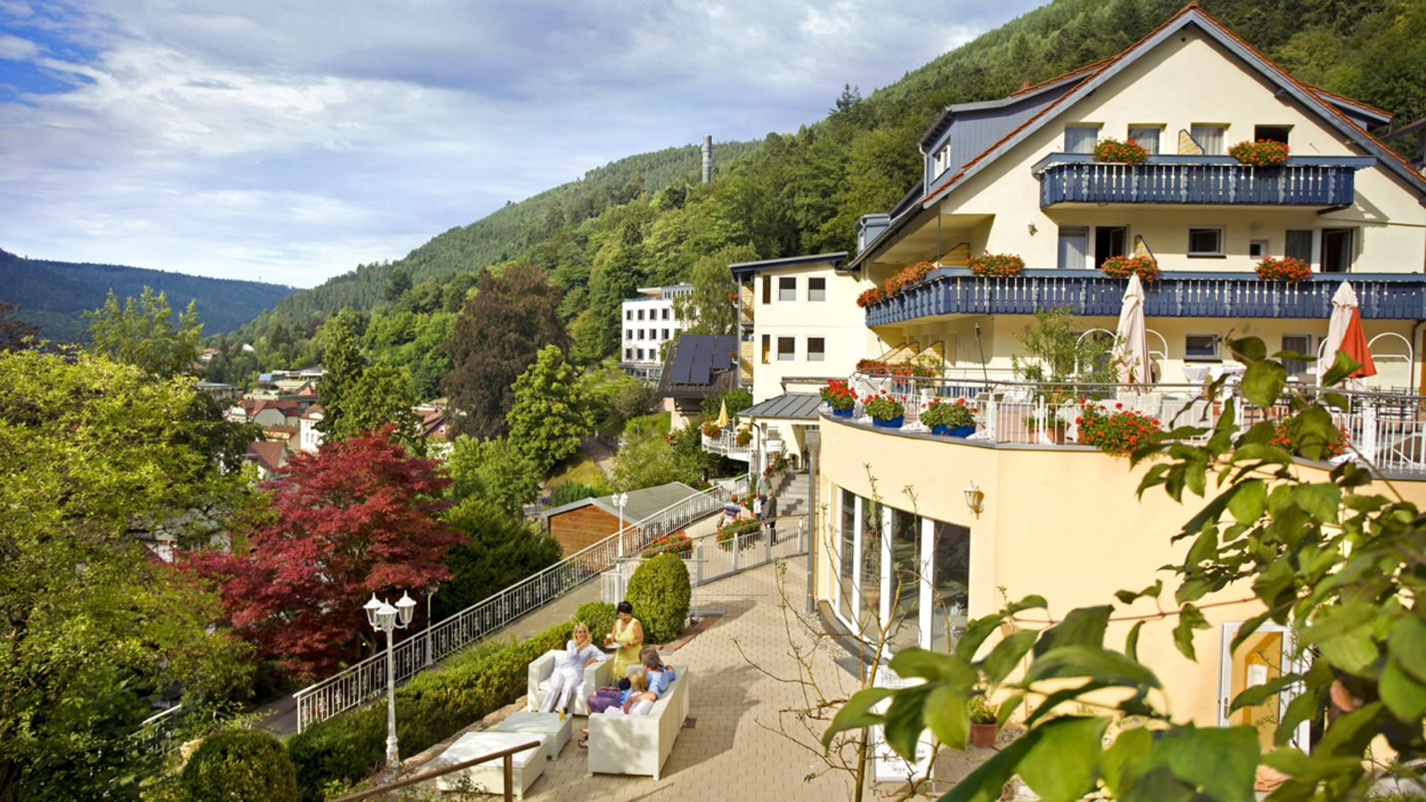 Wellnesshotel Rothfuss Bad Wildbad - Seitenansicht